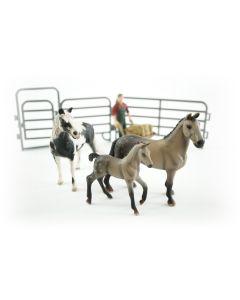 JollyHorses: Quarter Horse Grey + Pinto Mare paard + veulen + hek + boer + accessoires